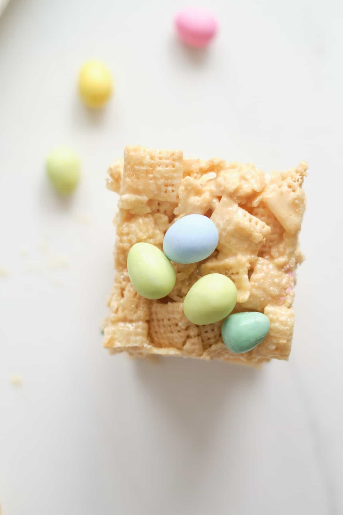 one of the finished chex bars topped with mini eggs