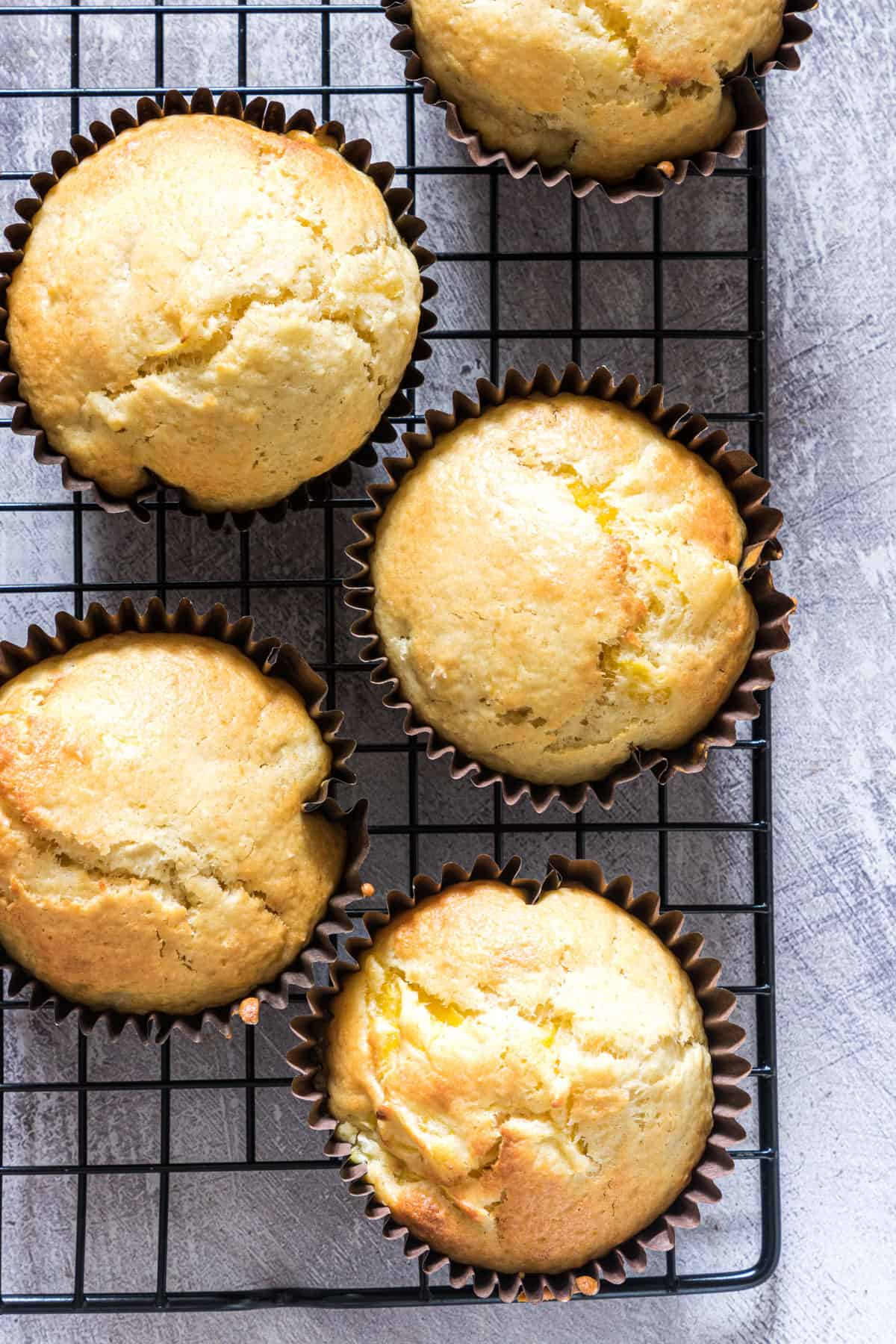 5 pineapple muffin sona cooling rack