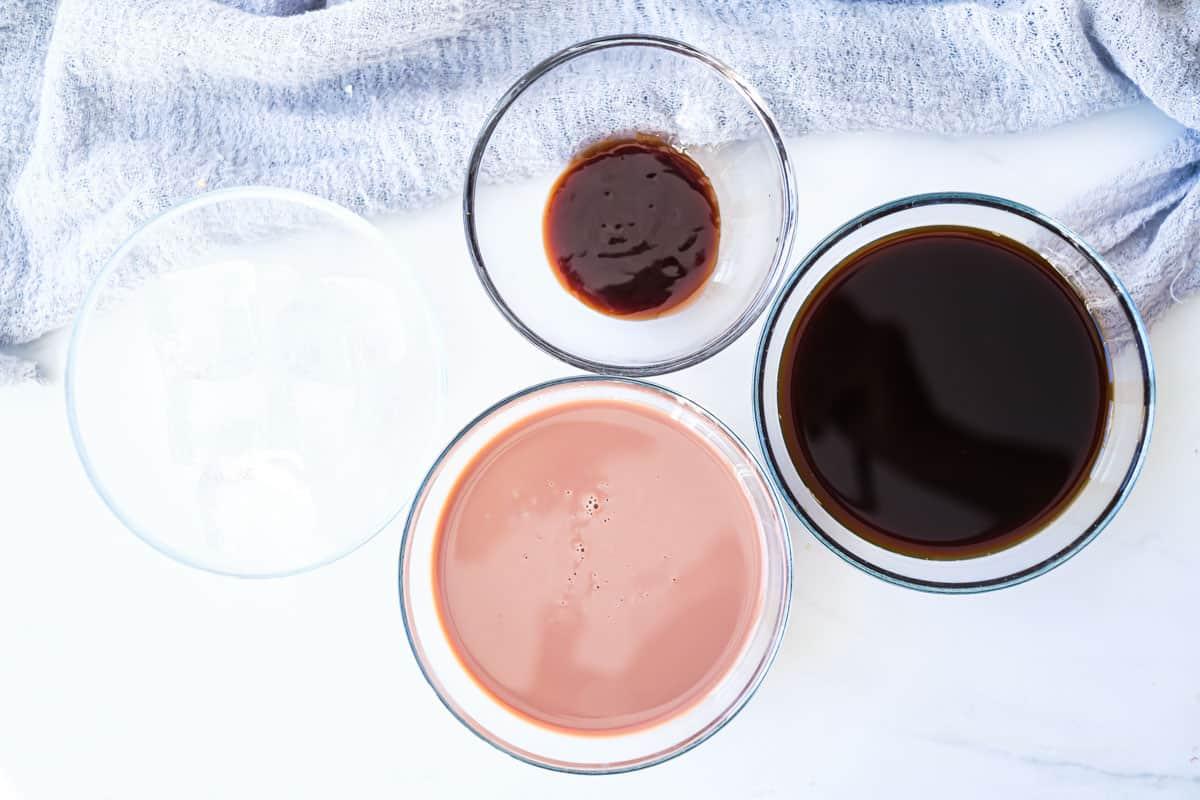 ingredients to make mocha frappe