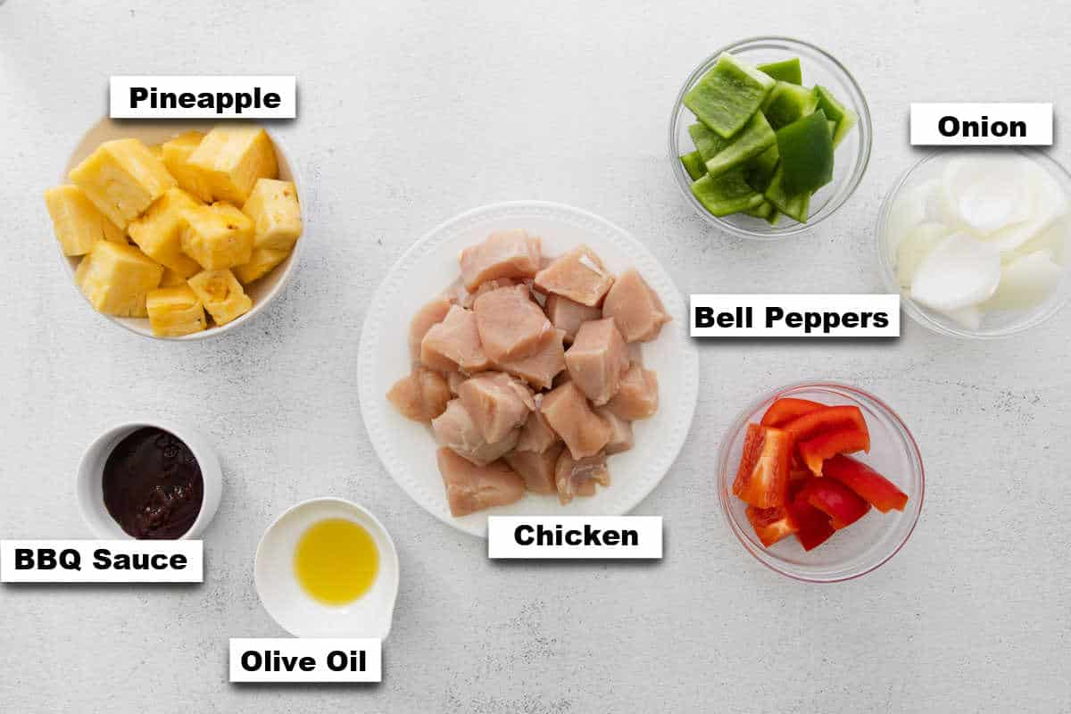 the ingredients needed to make grilled chicken kabobs