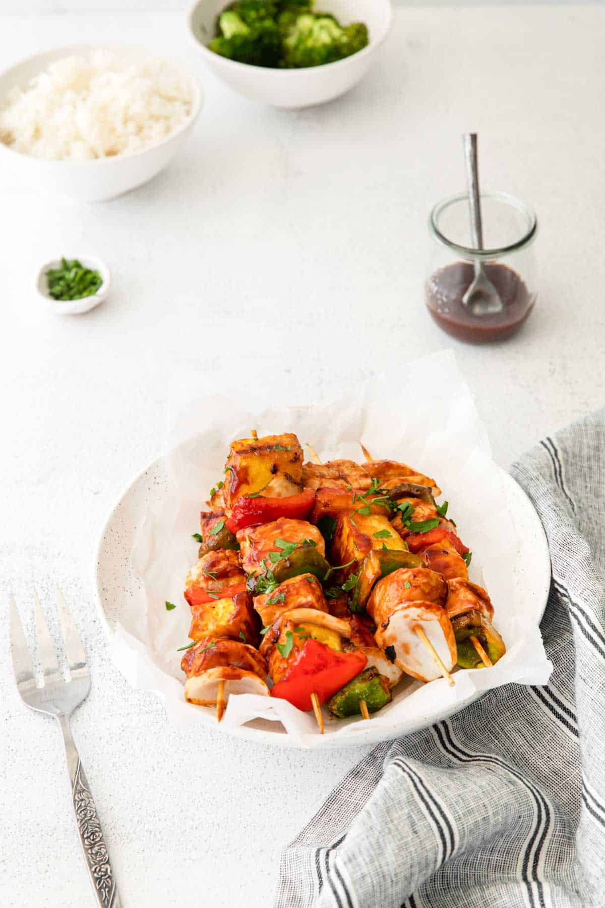 the completed grilled chicken kabobs recipe