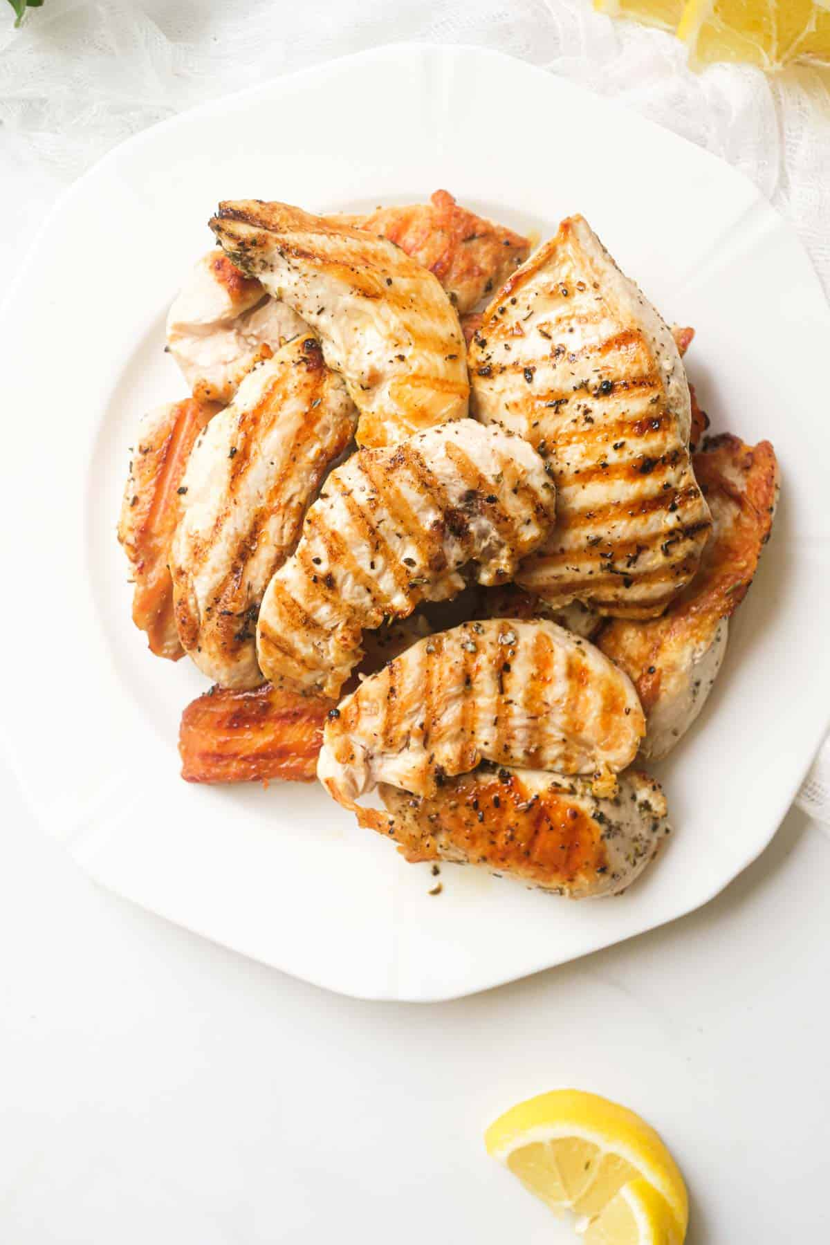 close up view of the finished grilled chicken tenders