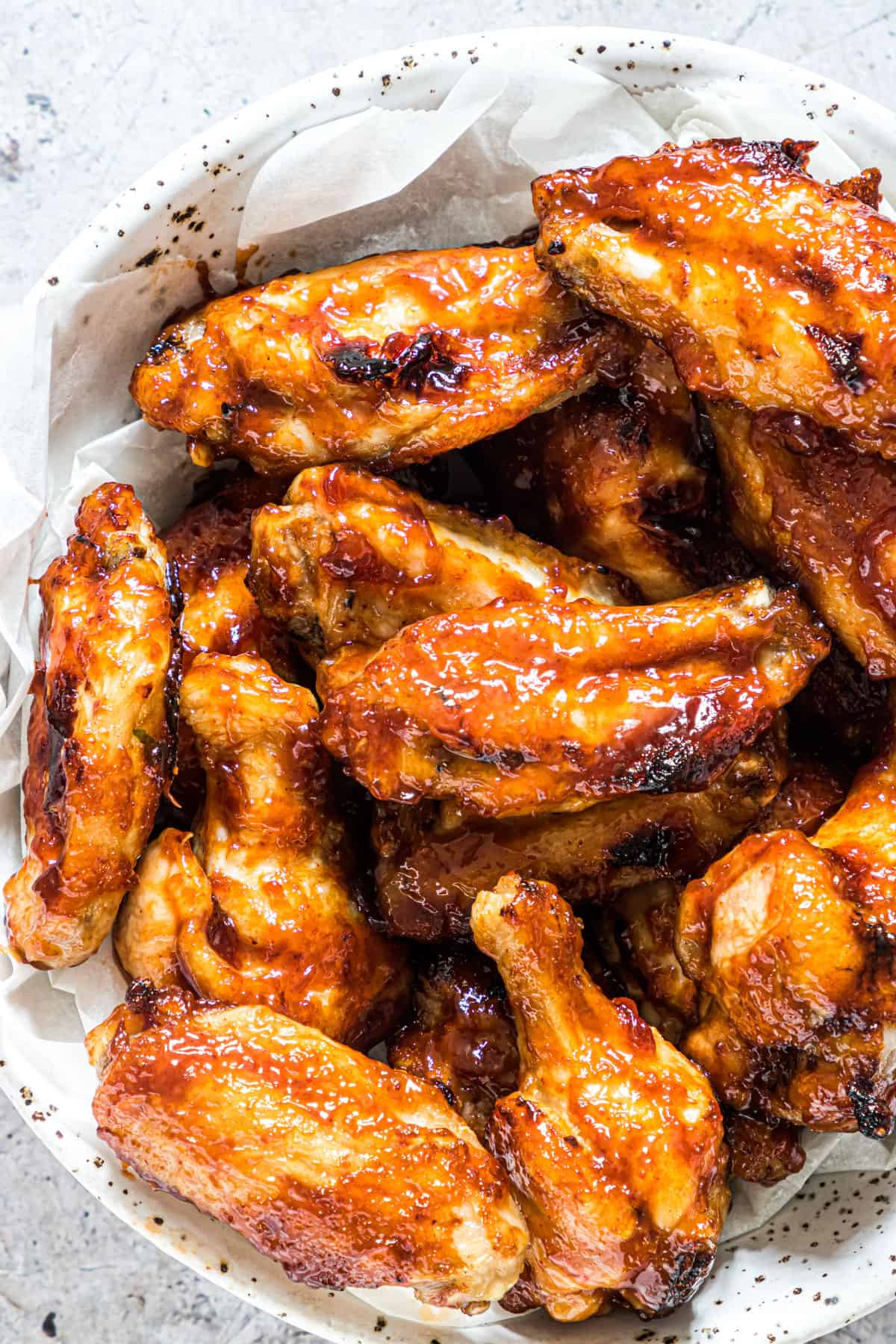 close up of sticky air fryer chicken wings